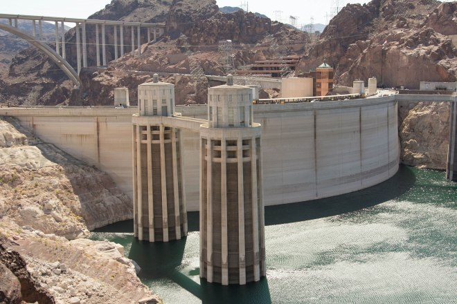 Hoover Dam | Desiree Dabbles